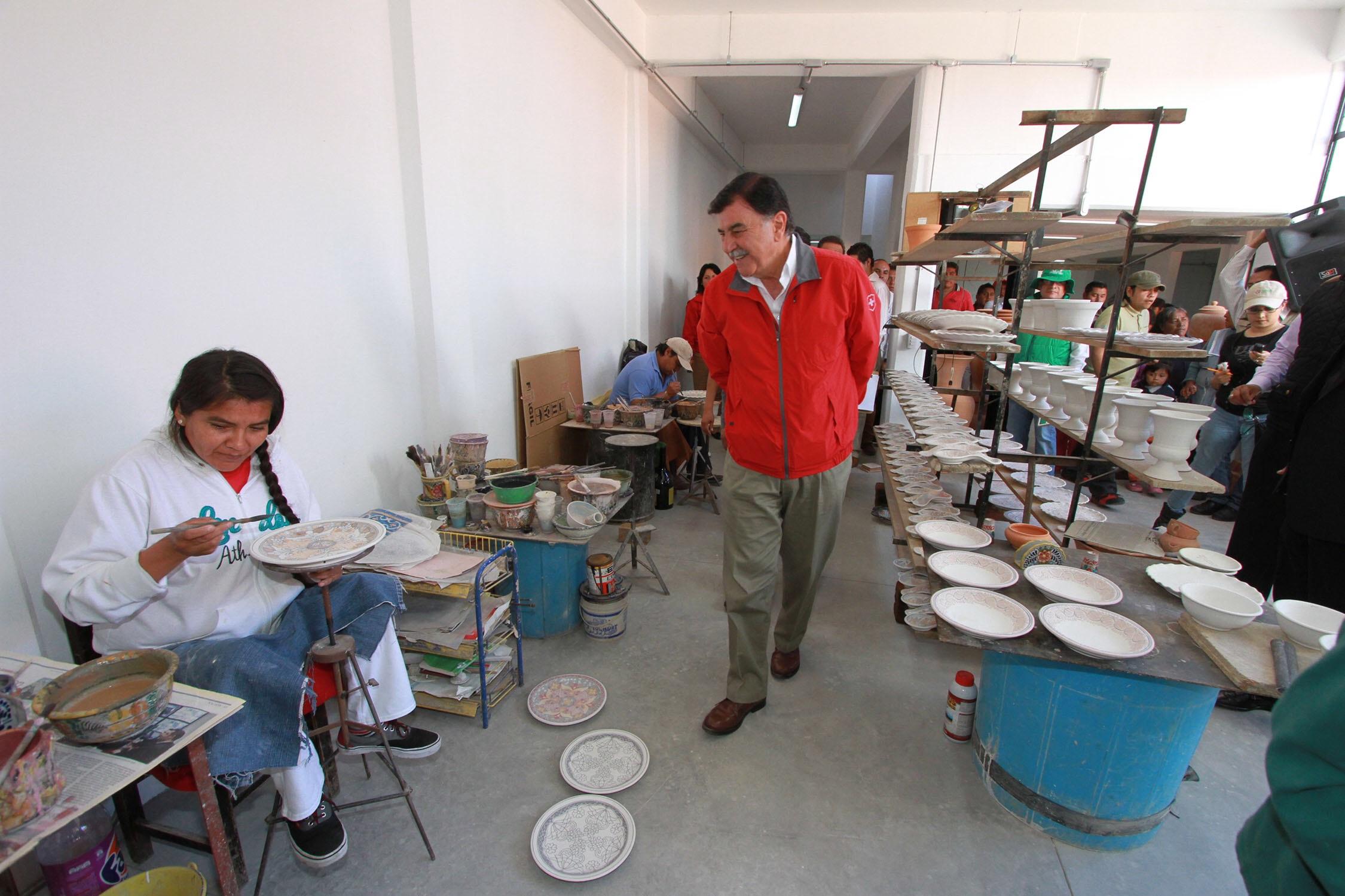 Inaugura mgz la rehabilitaci n de 11 talleres artesanales for Talleres artesanales
