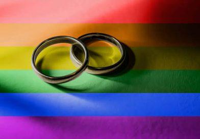 Primer matrimonio igualitario y cambio de identidad de género, destacan en informe de la CEDH