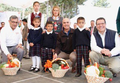 Esencial, vincular campo y educación: Marco Mena
