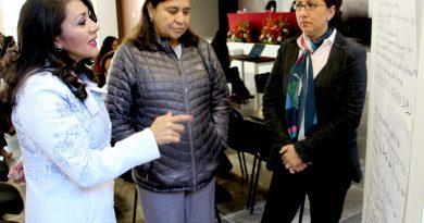 Leticia Bonifaz Alfonzo imparte conferencia en el TSJE