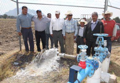 Pone en marcha SEFOA sistema de riego en Cuaxomulco