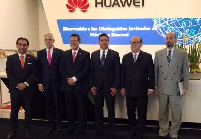 Establece Marco Mena oportunidades tecnológicas y negocios en China