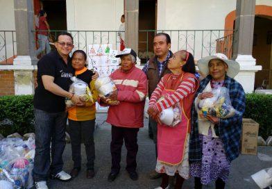 La CDEH realiza labores de limpieza y entrega de víveres al asilo de Españita