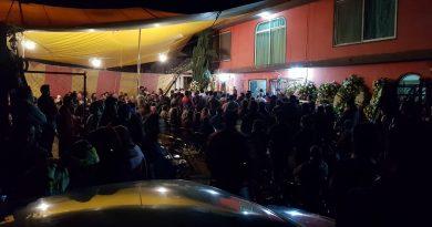 Registra nutrida asistencia velatorio de ex autoridades de Tzompantepec