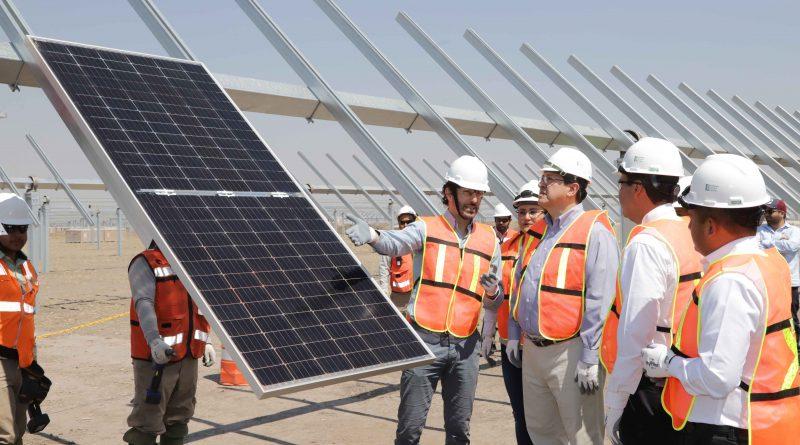 Encabeza Marco Mena inicio de instalación de paneles solares de EnEl Green Power