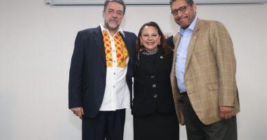 Presencia Diputada Claudia Pérez  conferencia magistral en la UAT