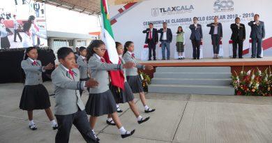 Felicita SEPE al sector educativo por logros alcanzados en el ciclo escolar