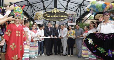 Presenta Marco Mena Festival Regional Tlaxcala en Sanborns