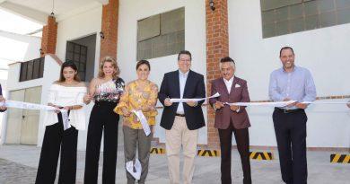 Marco Mena inaugura ampliación de la empresa Roumina México