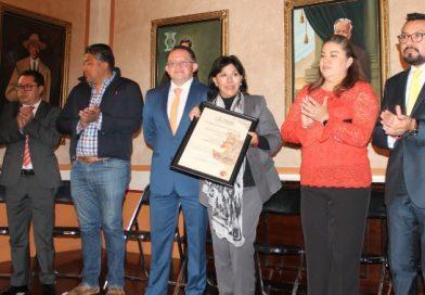 Entrega CEDH Primer Distintivo al Ayuntamiento Capitalino