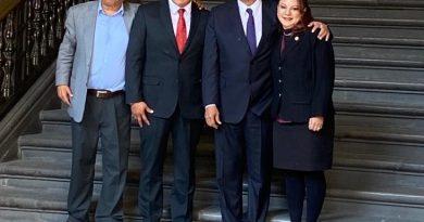 Acude Diputada Federal, Claudia Pérez a desayuno con el Presidente López Obrador