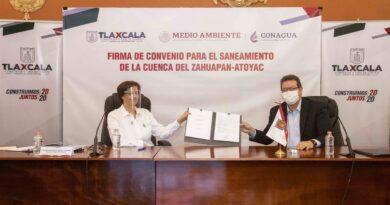 Marco Mena y CONAGUA firman convenio para saneamiento del Rìo Zahuapan