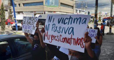 Se manifiestan en Apizaco contra la violencia digital