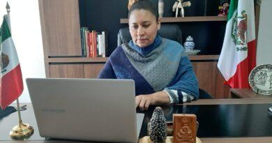 Avala Ana Lilia Rivera educación pública gratuita para universitarios
