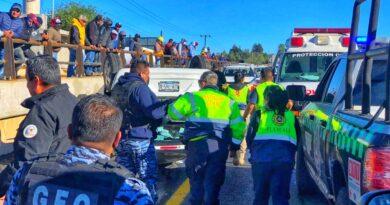 Choque y volcadura tras persecución en la Apizaco-Tlaxcala